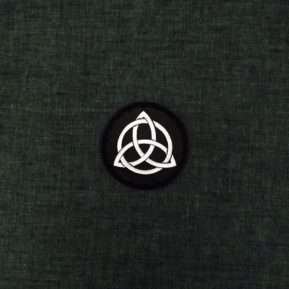 Patch Celtic Knot Trikvert on artificial leather.